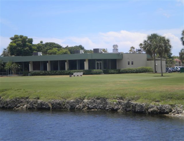Oriole Golf Club Clubhouse